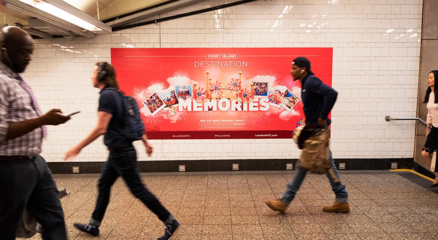 Luna park adv campagna 2019 - insegne metro New York